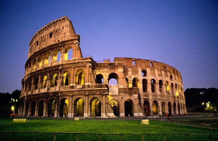 Colosseo a Roma, tutte le informazioni su gli orari di ingresso del Colosseo, Tour visite guidate e molto altro ancora sul monumento più bello di Roma