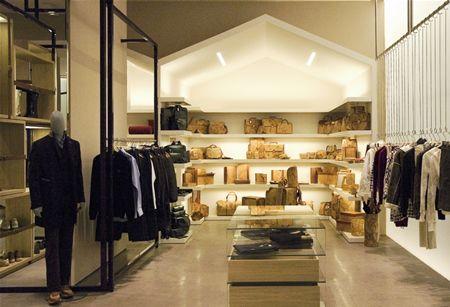 Roma Shopping Alviero Martini 1ª Classe Negozi Di Abbigliamento