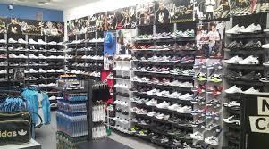 5069a95c97 Roma - Shopping - Foot Locker Store - Negozi di Scarpe a Roma